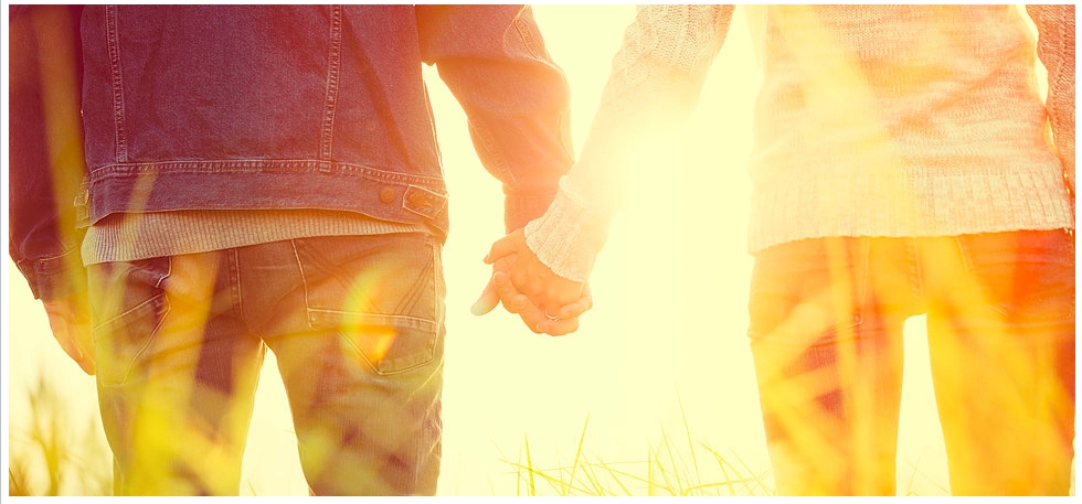 Optimized-bigstockYoung-Couple-in-Love-Outdoors